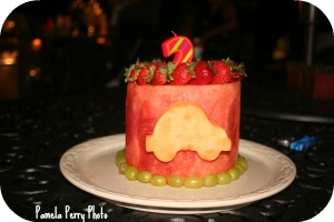 Watermelon carved cake