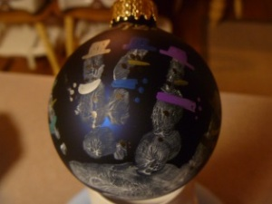 Hand print snow man ornaments are great for the grand parents!
