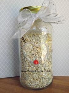 DIY Magic Reindeer Food in jar